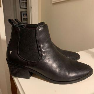 Windsor Smith Boots Size 9.5