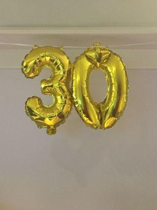 '30' number balloons