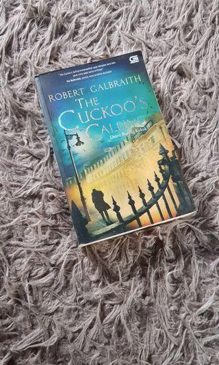 Novel Robert Galbraith The Cuckoo's Calling dan Edgar Alan Poe Kisah-kisah Tengah Malam