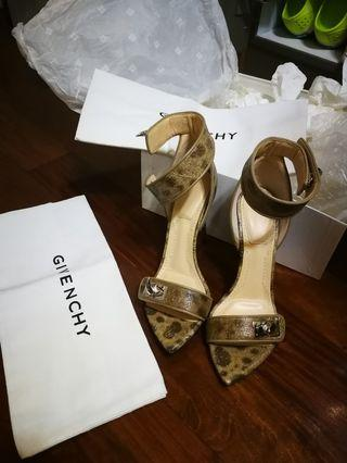 Givenchy high heel