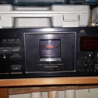 Hi end TEAC cassette tape deck