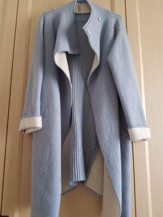 🚚 灰藍色造型外套
