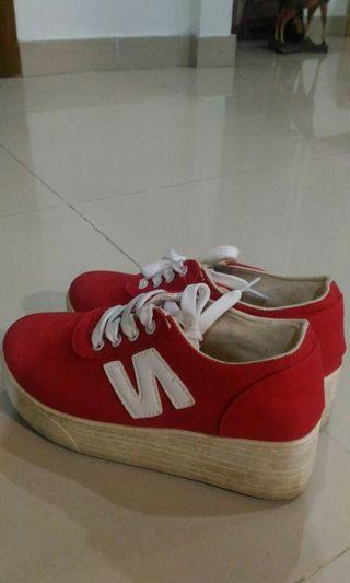 Sneaker from Korea