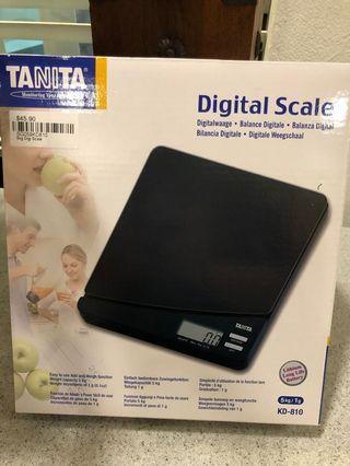 🚚 TANITA Digital Scale