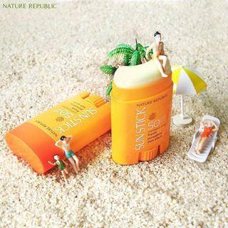 Nature Republic California Aloe Fresh Powdery Sun Stick SPF50+PA++++ (Endorsed by EXO)