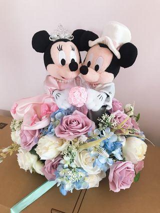 婚後物資 - 正版Mickey & Minnie 車花連四門花 (只用過2小時)