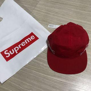 Supreme 紅色子帽