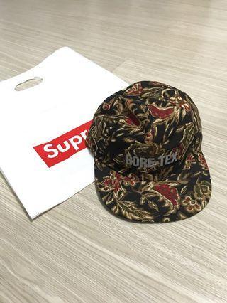 Supreme Gore-Tex花色反光條細節帽子