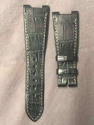 🚚 Patek Philippe Nautilus Leather Strap