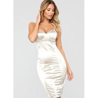 🚚 NEW Fashion Nova Satin Dress