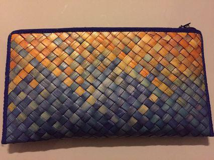 Brand new weaved wallet