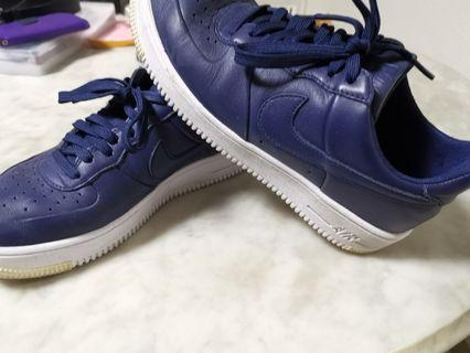 NIKE AIR FORCE 1 NAVY LEATHER