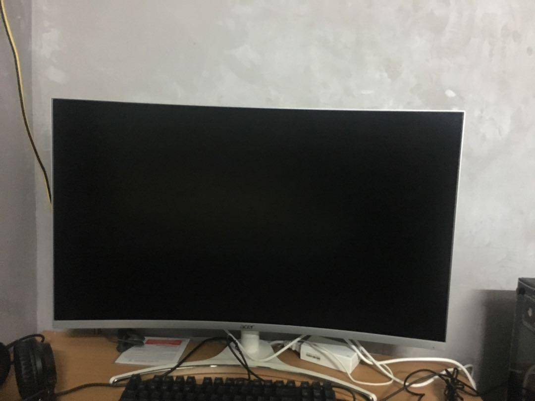 Acer 32inch curved monitor
