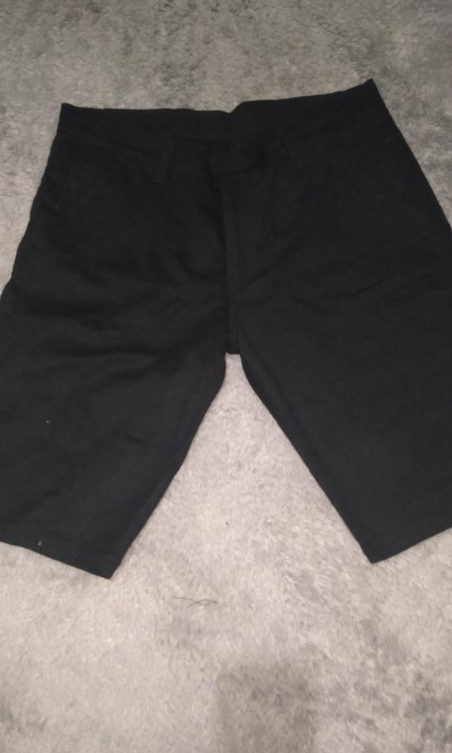 Celana pendek Chino Cardenal Jumbo size 38