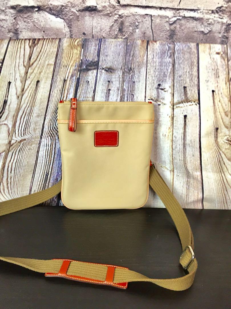 COACH Beige Nylon Leather Trim Cross-body Swing-pack Bag M055-5006