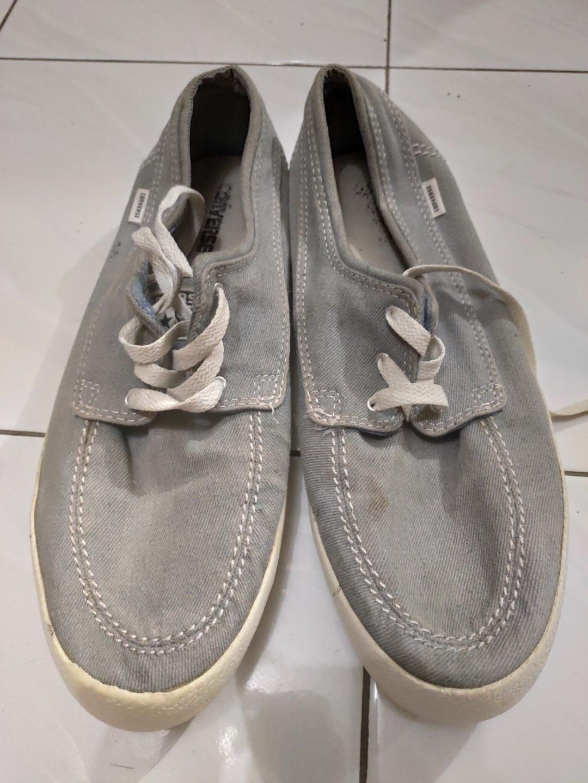 #mauthr converse shoes