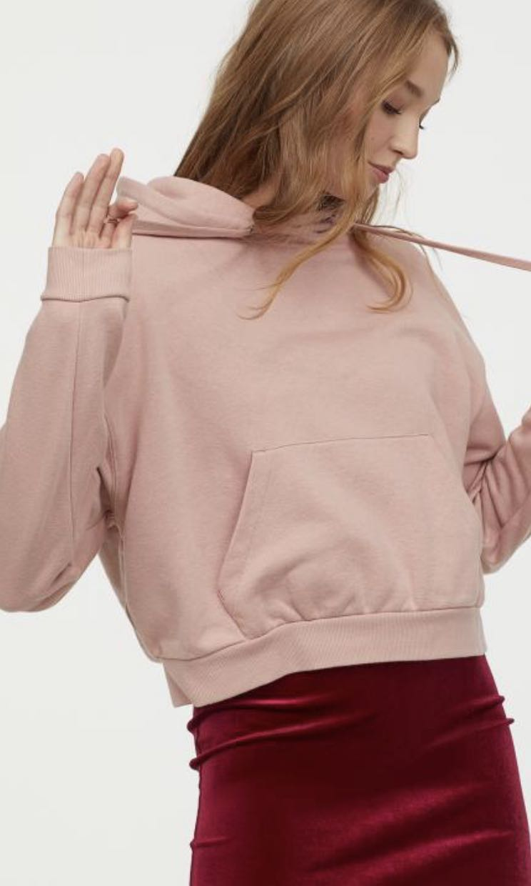 172e16f9 Dusty Pink Crop Hoodie, Women's Fashion, Clothes, Tops on Carousell