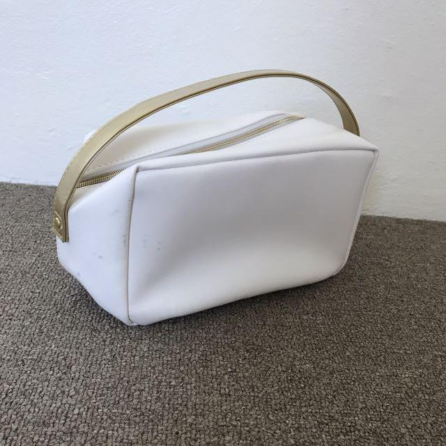 Elizabeth Arden cosmetic pouch, bag with a cute flower on