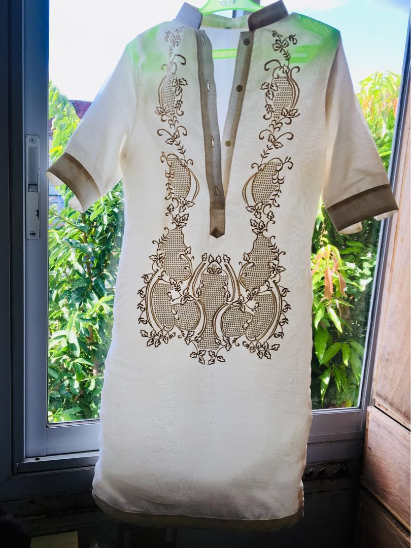 52743dce8f4 FOR RENT: Small Female Barong Dress, Women's Fashion, Clothes, Dresses &  Skirts on Carousell