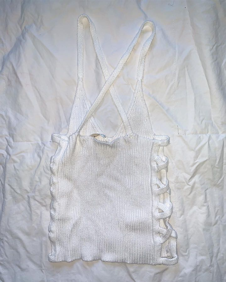 He Doesn't Know Why? White Side Cut Out Top - AU Size S/M