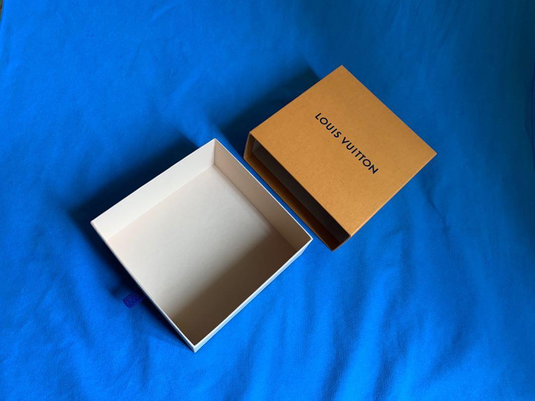 LV 盒 (17x17x7)cm