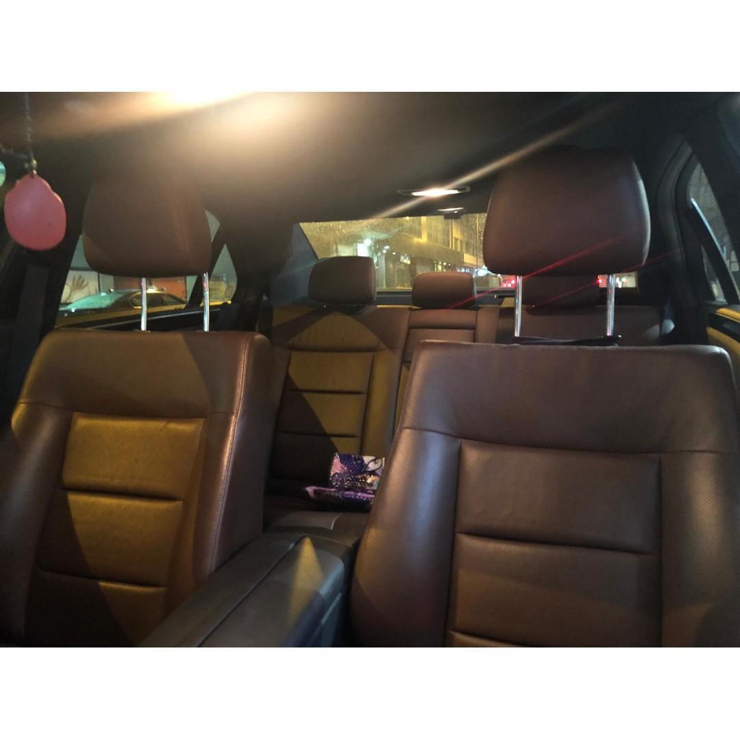 MERCEDES-BENZ E250 2011