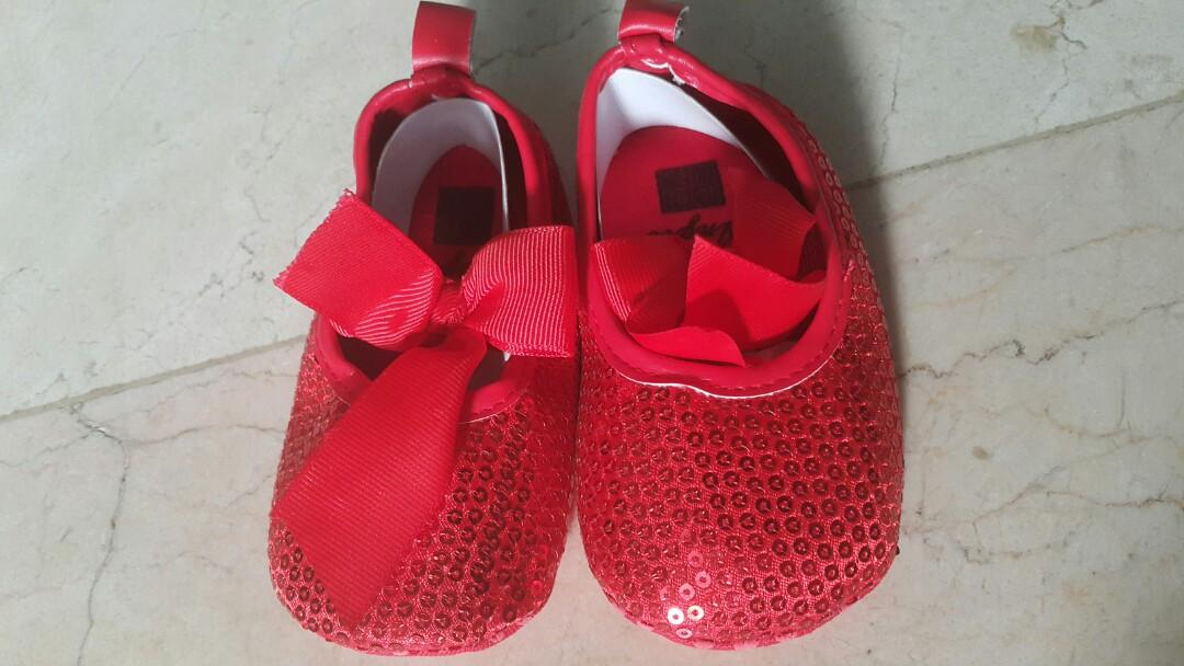 New Angle baby shoes 12 - 18 months