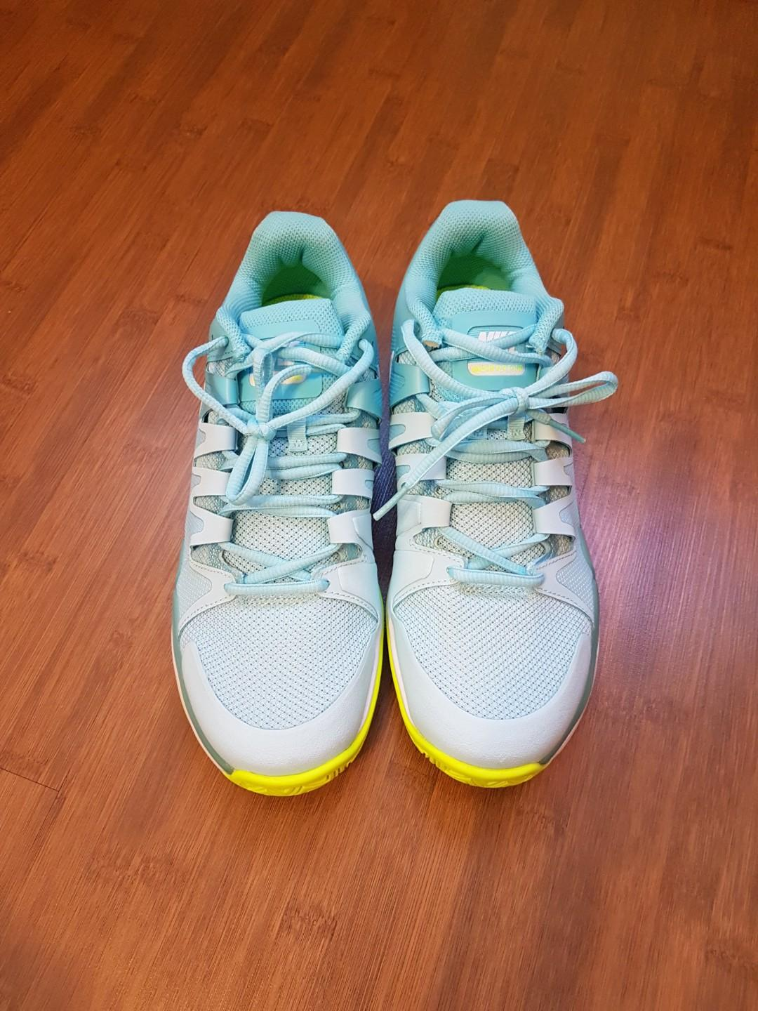 Gaseoso ataque Guarda la ropa  Nike Air Zoom Prestige Women's Tennis Shoes, Sports, Sports Apparel on  Carousell