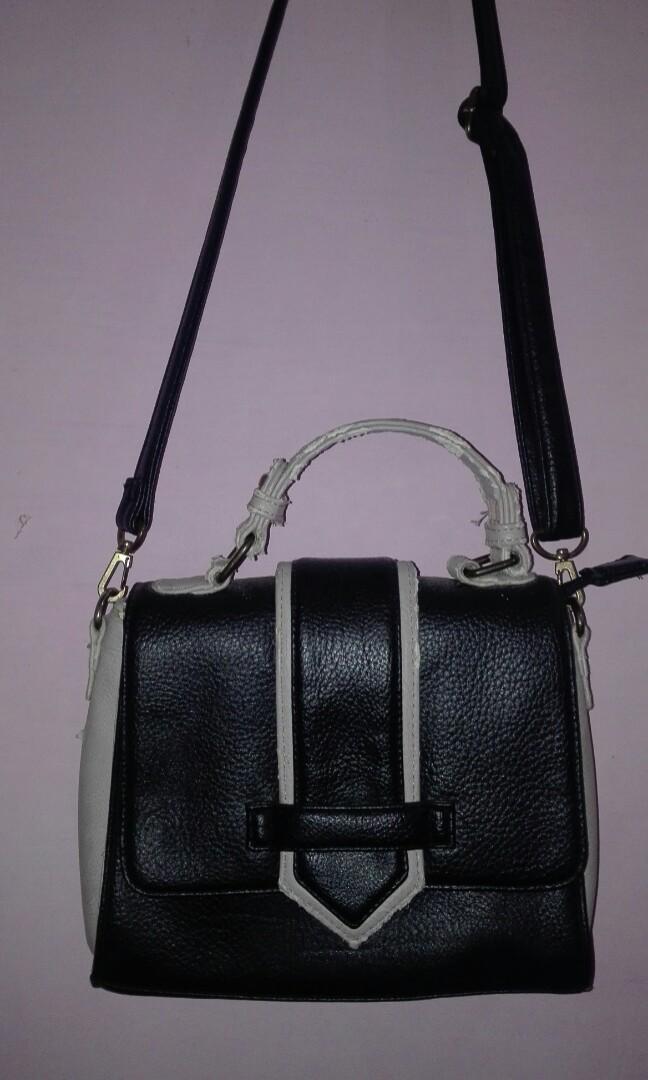 Sling Bag Sophie Paris