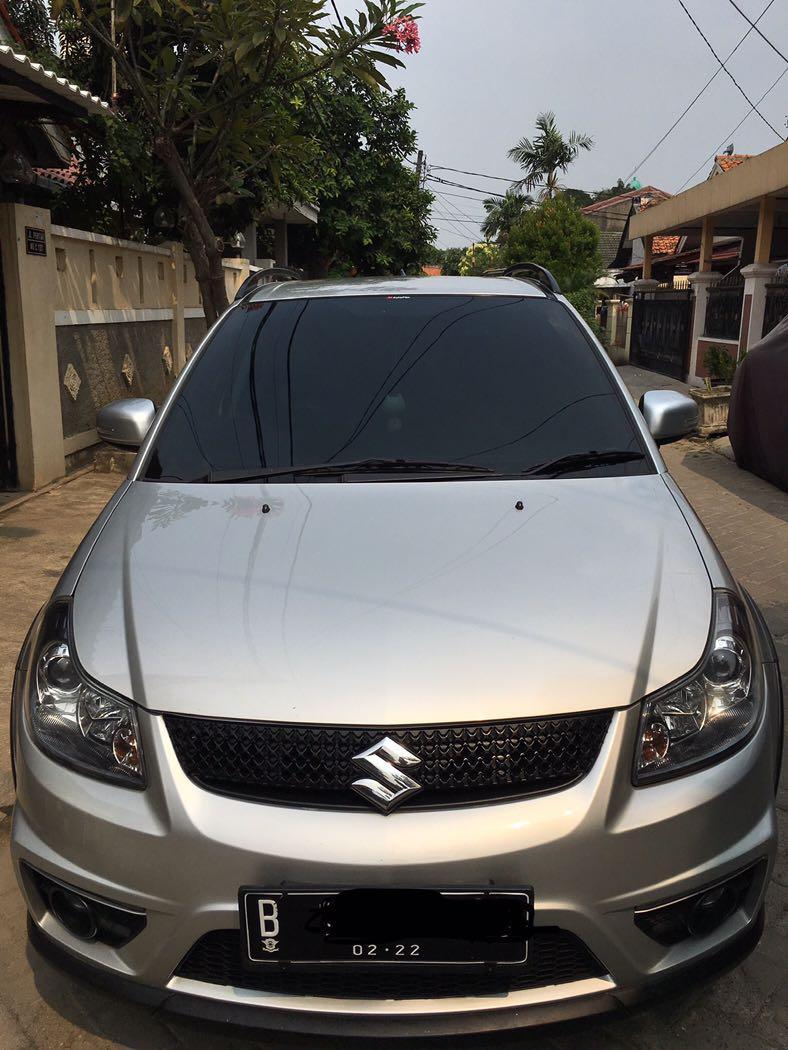 SX4 Suzuki Crossover Hatchback. 2012. Automatic 2012