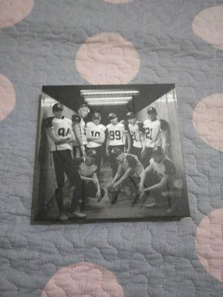 EXO-K love me right album