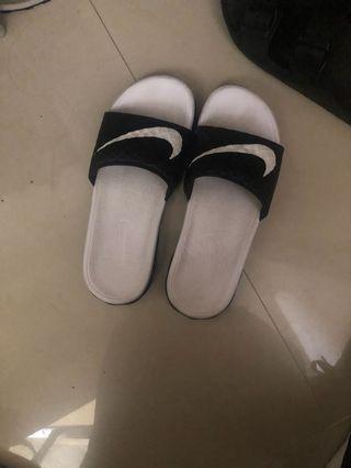 🚚 Nike拖鞋 23cm