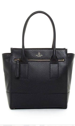 🚚 Kate Spade Southport Avenue Linda in Black Pebbled leather