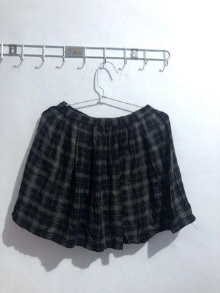 Forever 21 old school skirts