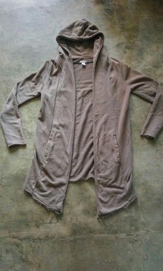 80ribu h&m divided olive M