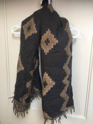 Aritzia- Blanket Scarf