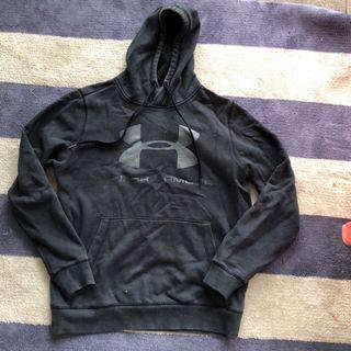 Black Under armour hoodie size small