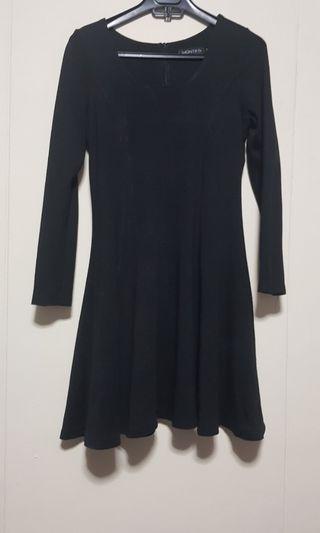 🚚 Black Dress/Top