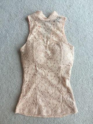Peach tank top with turtle neck (x-small)