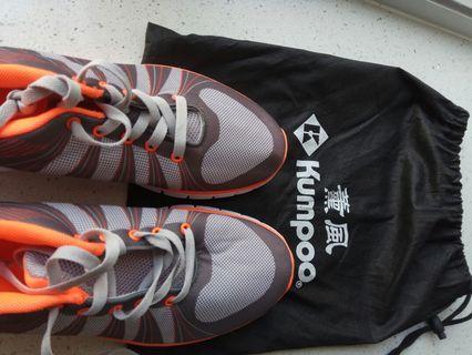 薰風運動鞋