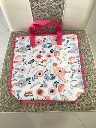 BN cooler bag