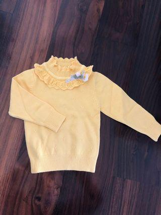 Pretty yellow sweater