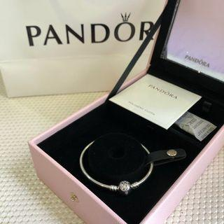 🚚 Pandora Jewelry Box + Bracelet Included (Limited Edition)