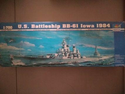 Trumpeter 1:700 US Battleship BB-61 lowa 1984 模型