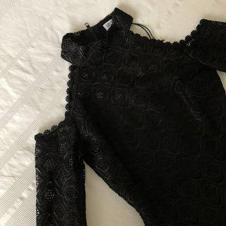 BLACK LONG SLEEVE OPEN SHOULDER DRESS