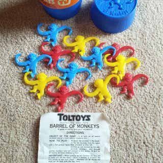 RETRO 1970'S TOLTOYS BARREL OF MONKEYS GAME