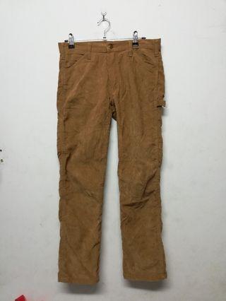 Oslow corduroy pant