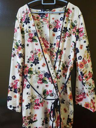 Long Floral Outerwear for Summer #RayaPhone