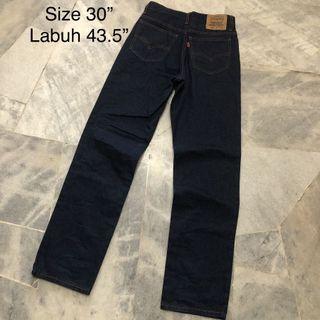 LEVIS 220