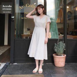 🚚 BNWT White Linen Midi Dress